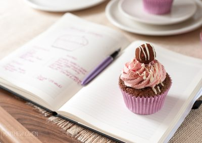 Matthew Owen Food Photography  |  Cupcake by luxury cake designer Beth Lauren Cakes