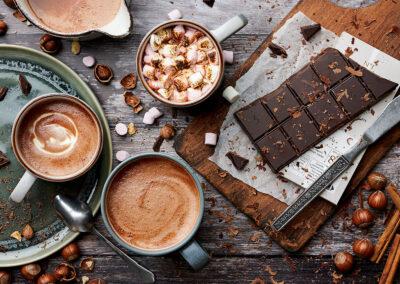 Hot chocolate with hazelnut and cinnamon